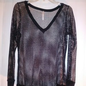 Black and glitter-speckled sheer lng sleeve blouse